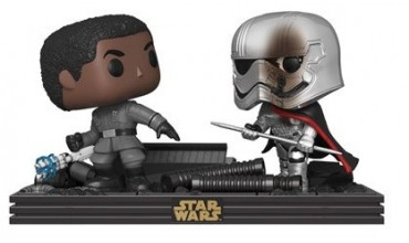 Nuevo Movie Moment Star Wars de Finn y Capitán Phasma